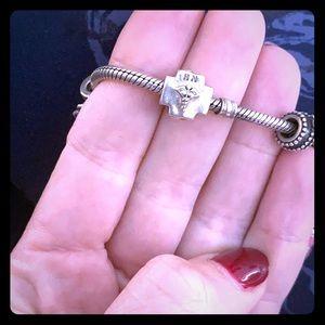 RN chamilia bead